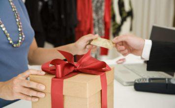 Как подобрать подарок для бизнесвумен?