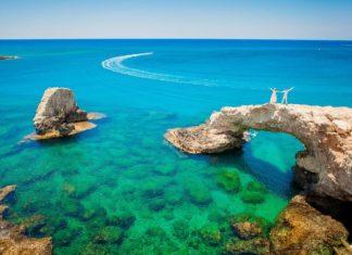Где заказать путевки на Кипр?