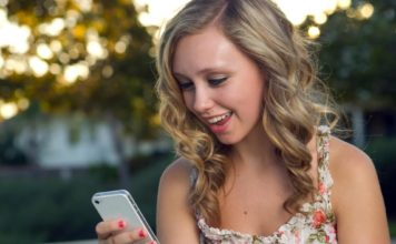 Смартфон для девушек