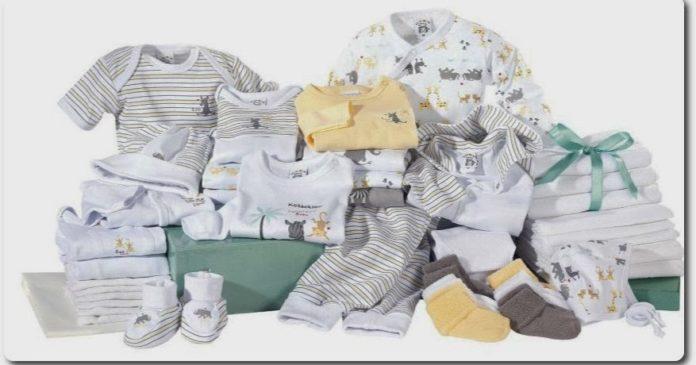 Базовый список одежды для новорожденных: советы родителям