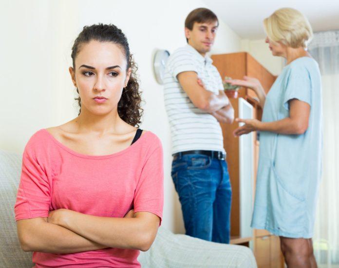 Не ожидала, что свекровь разведется со своим мужем