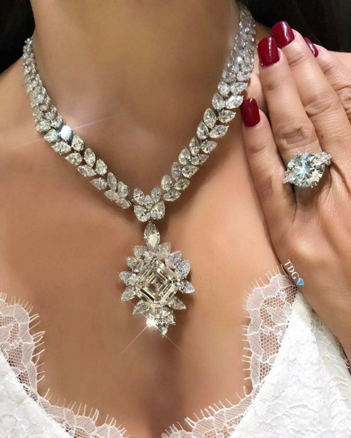 Достоинства украшений с бриллиантами