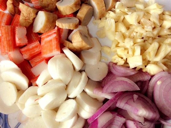 Самый вкусный салат с кальмарами: пошаговые рецепты блюд с фото и видео
